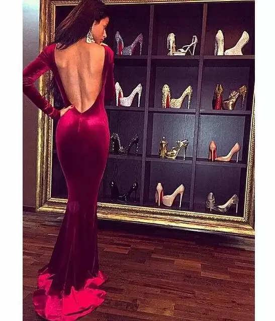 Fashion Tips : ये फैशन टिप्स आपके बैकलेस ड्रेसेस में स्टाइलिश दिखाने के लिए आएंगे बड़े काम