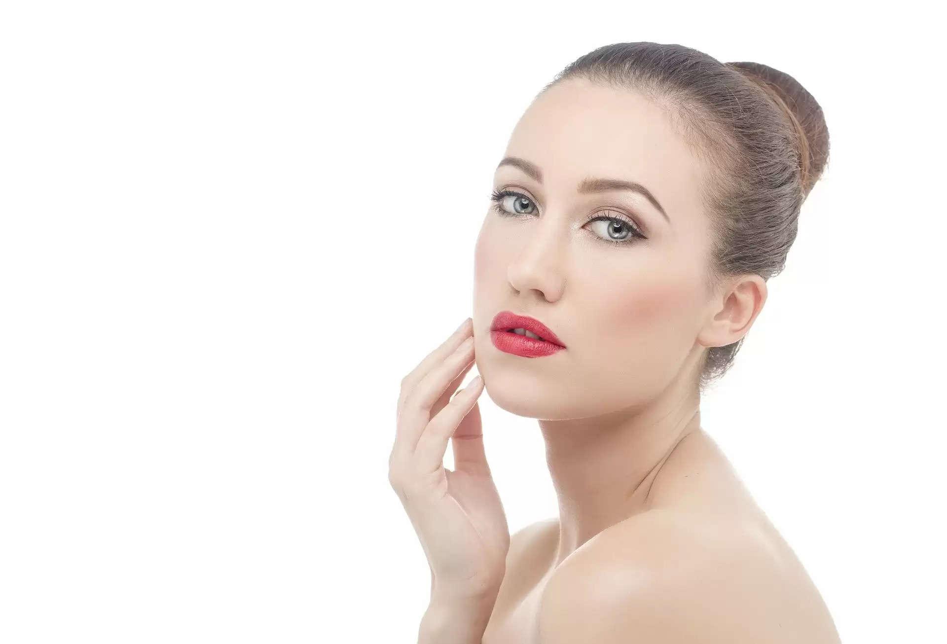 Skin Care Tips :- चेहरे के दाग धब्बों को कम करने के लिए फॉलो करे ये घरेलू नुस्खा