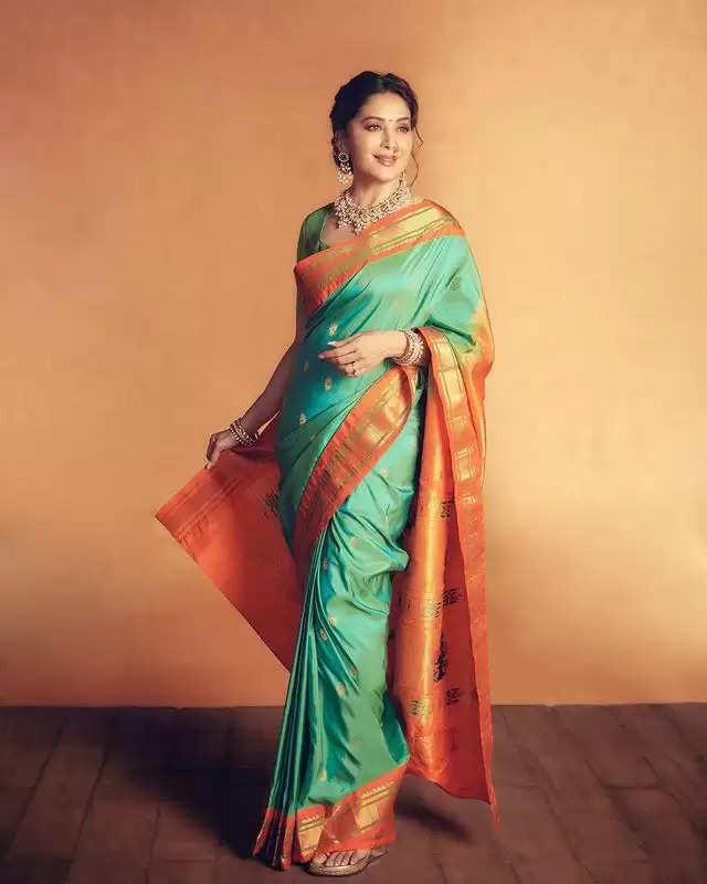 Fashion Tips : नवरात्रि में बॉलीवुड एक्ट्रेस का ये फैशन सेन्स आपके आएगा बड़े काम ,बनाएगा सबसे खूबसूरत और अलग